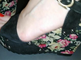 Flowers high heels Lady L (video short version)