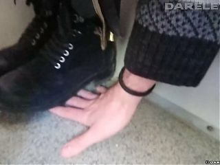 cht102 black boots hand trample