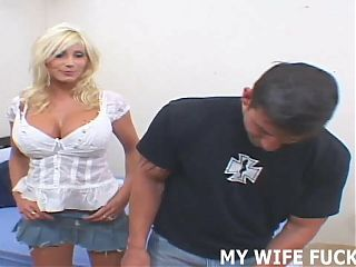 Watching my wife get penetrated is so hot